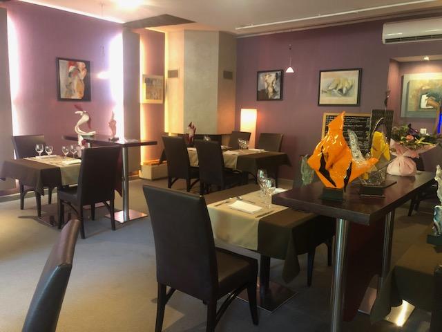 Ambiance feutrée de la Salle du Restaurant Au Fil de L'Eau à Montauban